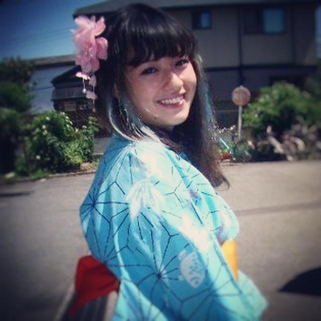takayo kimono party team