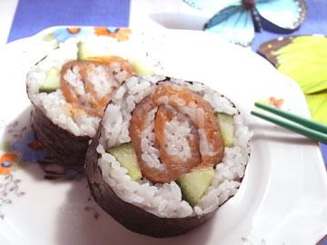 rose deco-maki sushi