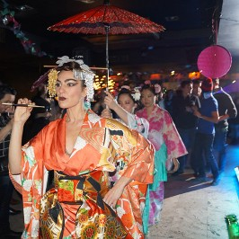 A Kimono Burlesque Show for corporate entertainments